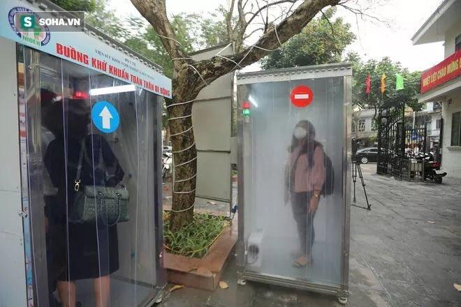 Di Vietnam Ada Banyak Bilik Anti Infeksi, di RI Cuma di Istana Jokowi?