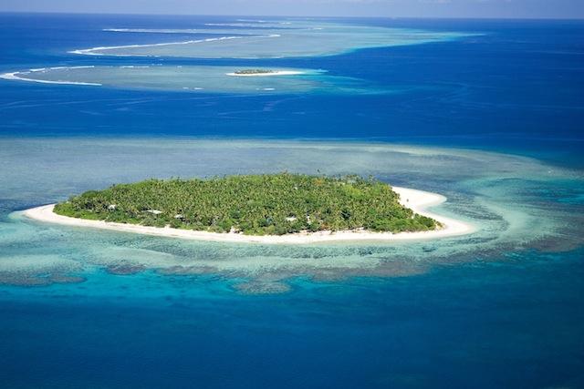 6 Pulau Berbentuk Hati Yang Unik Di Bumi!!