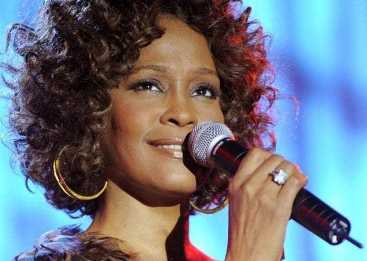 Críticas de cine: Whitney: Can I be me
