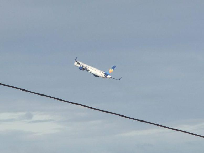 Flugzeug Condor Flugdienst