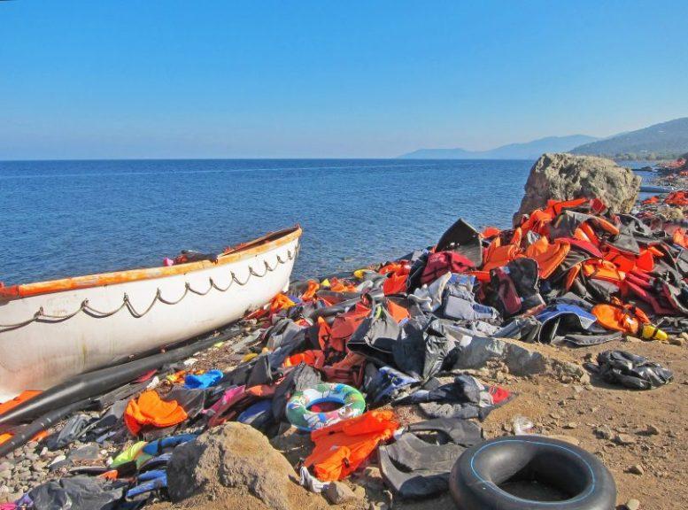 Emigrantenboot - Illegale Emigranten