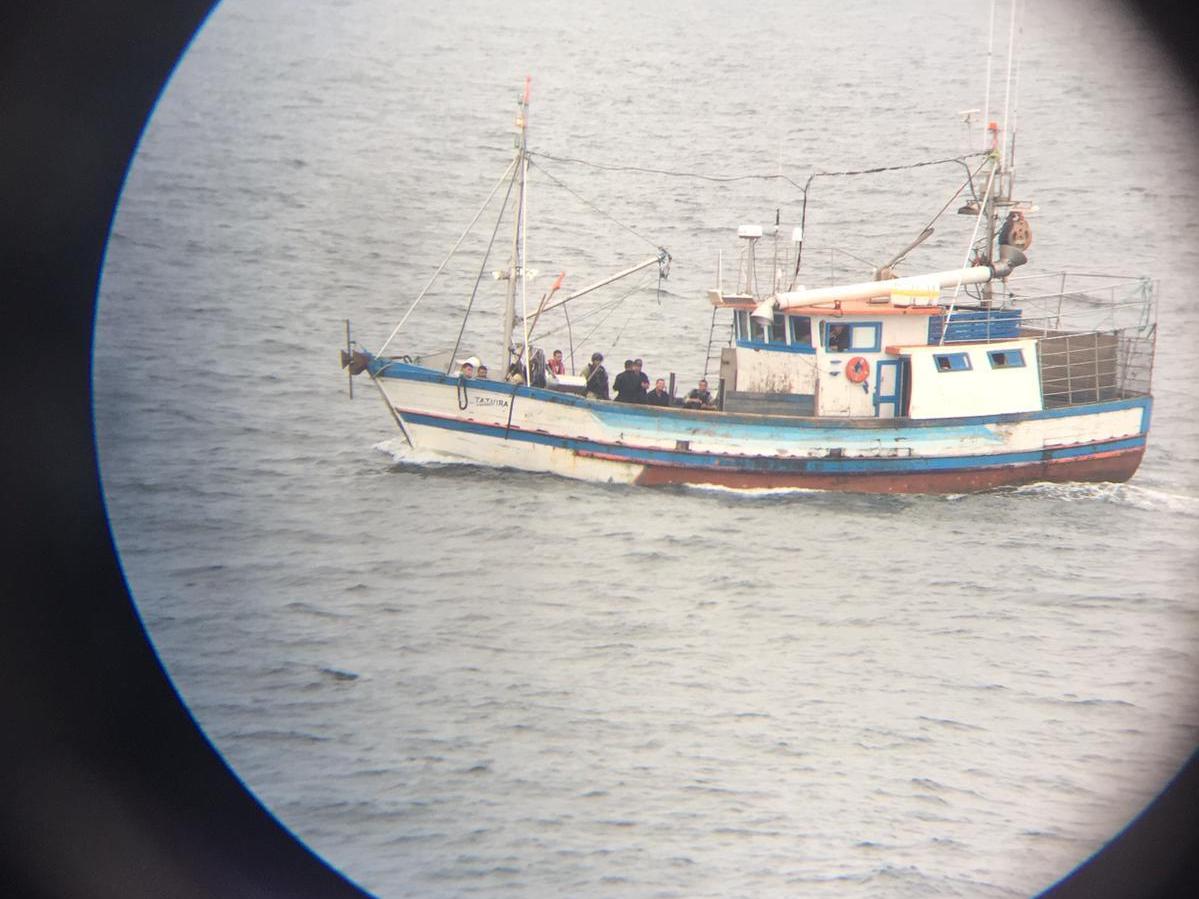 """AUDIO: Se fugó el barco brasileño """"Tatuira"""" del muelle de la Armada Nacional en La Paloma"""