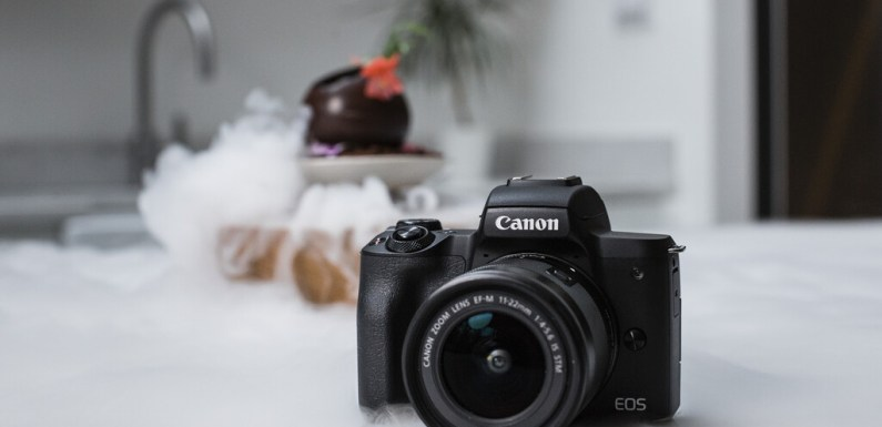 La Canon EOS M50 Mark II llega a Europa mirando hacia el vídeo para atraer a vloggers, streamers y YouTubers