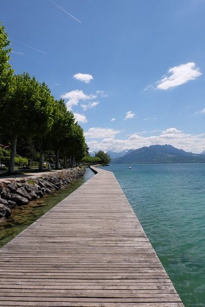 Ponton au Lac d'Annecy