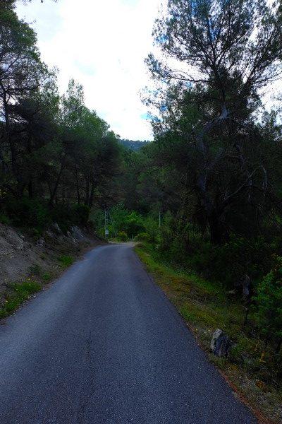 Début du sentier de randonnée à Peillon