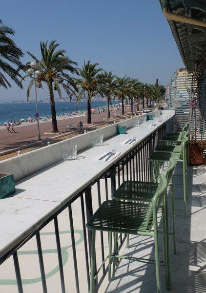 Vue sur la mer des anglais à Nice depuis Babel Babel