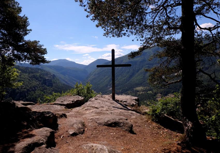 La Croix du Baou de Parou à Annot