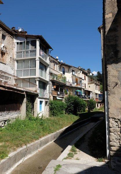 Visiter Annot dans les Alpes-de-Haute-Provence