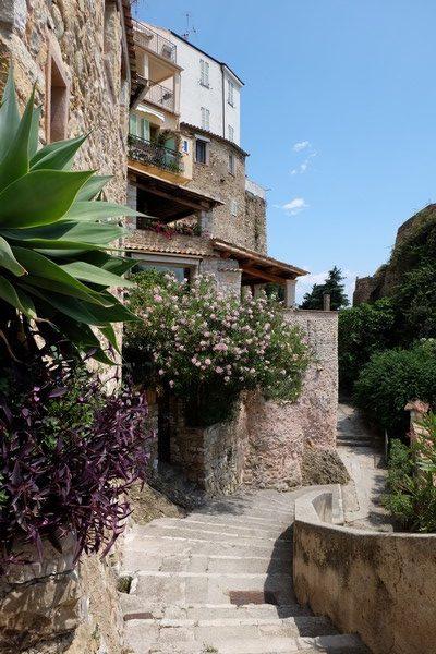Maison fleurie à Roquebrune-Cap-Martin