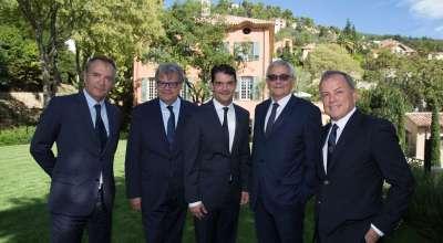 La fine équipe LVMH (François Demachy pour Dior & Jacques Cavallier-Belletrud pour Louis Vuitton) à Grasse en sortie bucolique