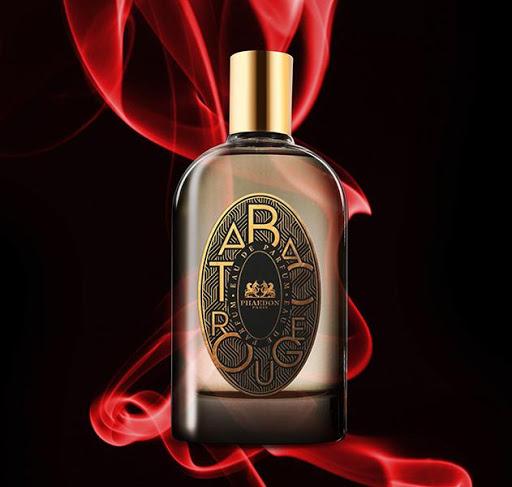 Phaedon Paris propose une Parfumerie de Niche très belle, originale et accessible. Ici le superbe parfum Tabac Rouge.