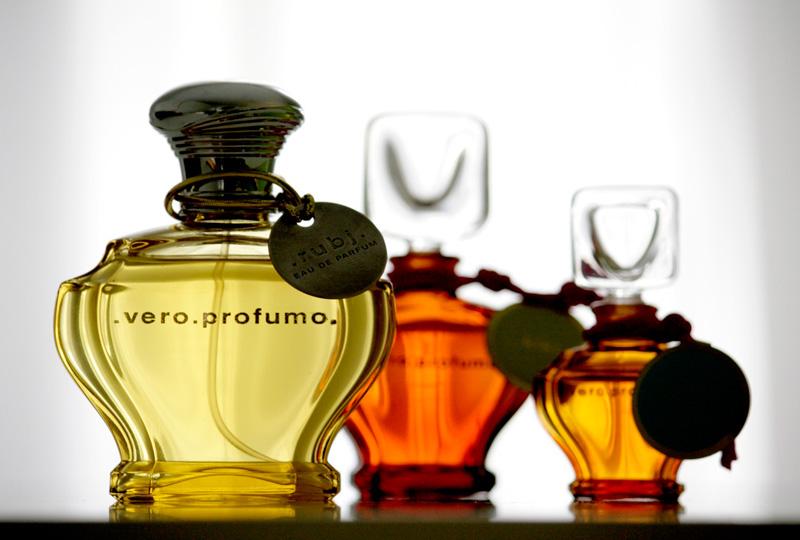 La marque Vero Profumo, discontinuée entièrement à cause du décès de sa parfumeuse et propriétaire Véro kern