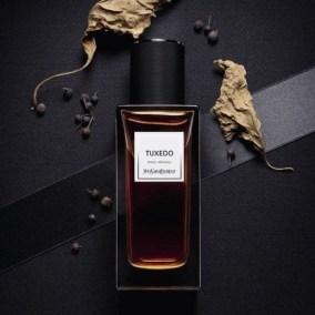 Collection Vestiaire des Parfums d'Yves Saint-Laurent, dont le parfum Tuxedo, complètement souscoté