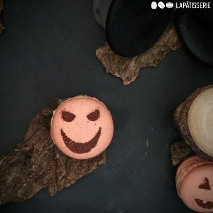 Da muss man ja fast selber grinsen bei dem Anblick meiner Pumpkin Spice Macarons.