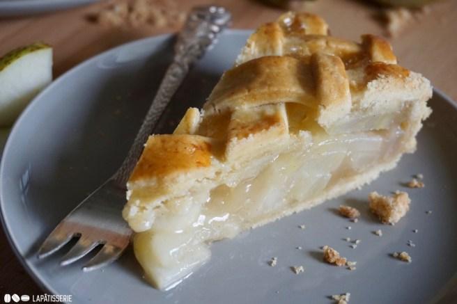 Für jeden ist ein Stück da: Pear Pie mit Cardamom.