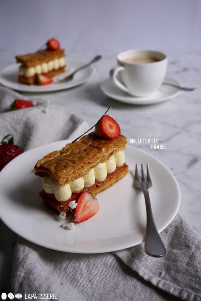 Jeder will es! Millefeuille Fraise-Vanille passt auf jede Kaffeetafel.