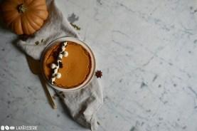 Genießt doch mal ein Stück von meinem französisch angehauchten Kürbiskuchen.