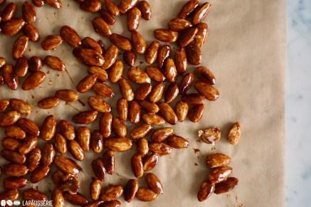Schritt 1: Mandeln karamellisieren