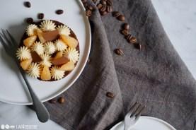 So lecker kann der Winter sein. Mit Kaffee, Schokolade und Mandarine in einer Tarte.