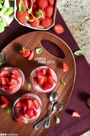 ErdbeerPannaCotta.2