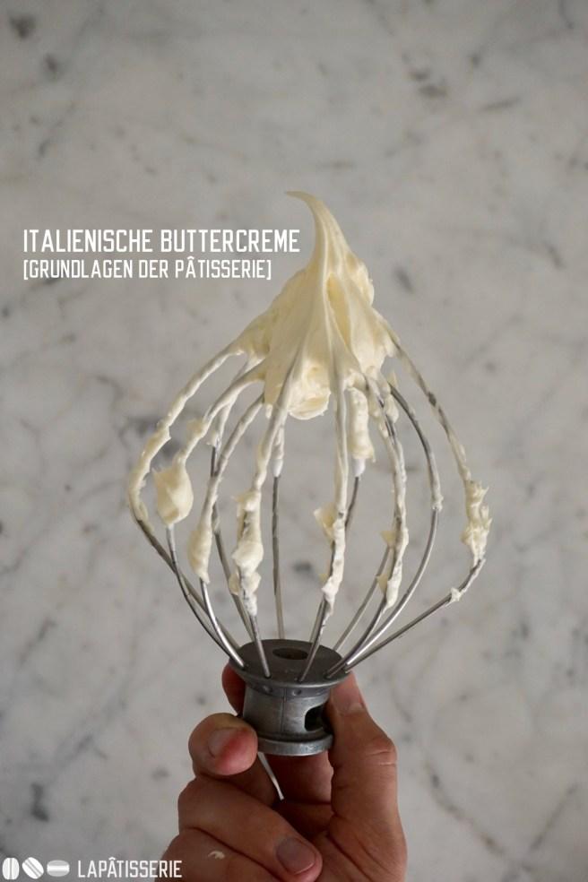 Es ist die wohl luftigste Buttercreme: italienische Buttercreme oder auch Swiss Meringue Buttercream - Rezept jetzt mit Schritt-für-Schritt Bildern.