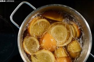 Schritt 7: Orangenschalen über Nacht auskühlen lassen und Vorgang wiederholen