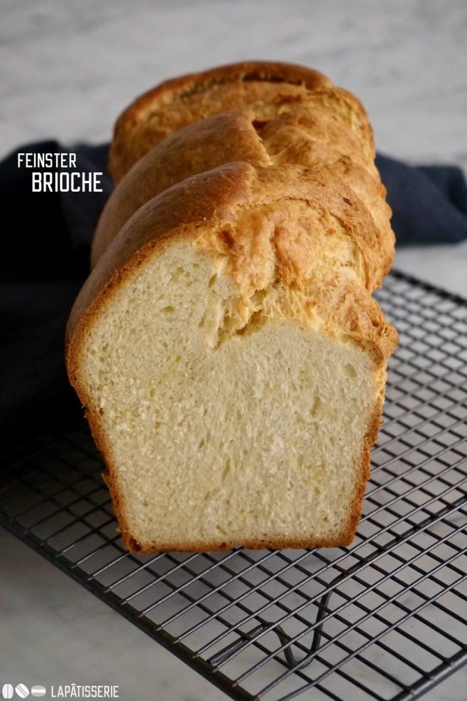 Egal in welcher Form, doch ein feiner Brioche mit Butter ist ganz hervorragend zum Frühstücken.