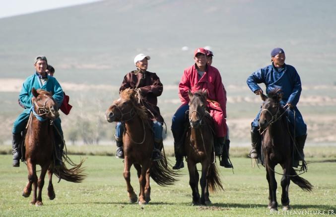 cavaliers en Mongolie