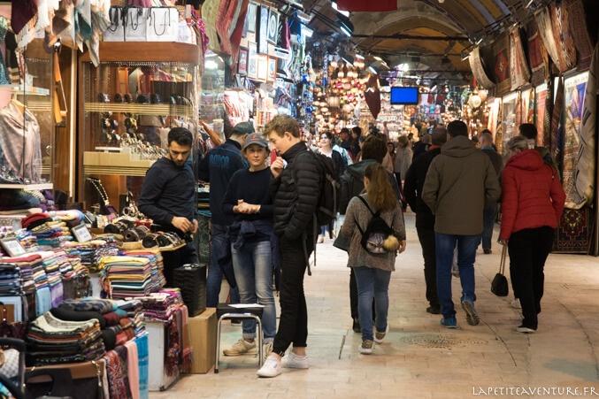 marchand au Grand bazar