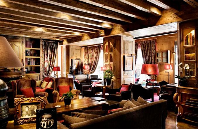 salon de l'hotel mont blanc à megeve
