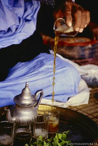 Thé sous la khaima