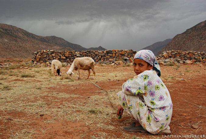 Bergère au Maroc