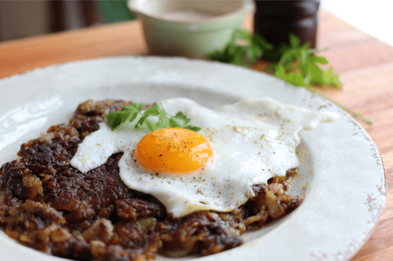 Micro bette – Oeuf sur rösti au bacon