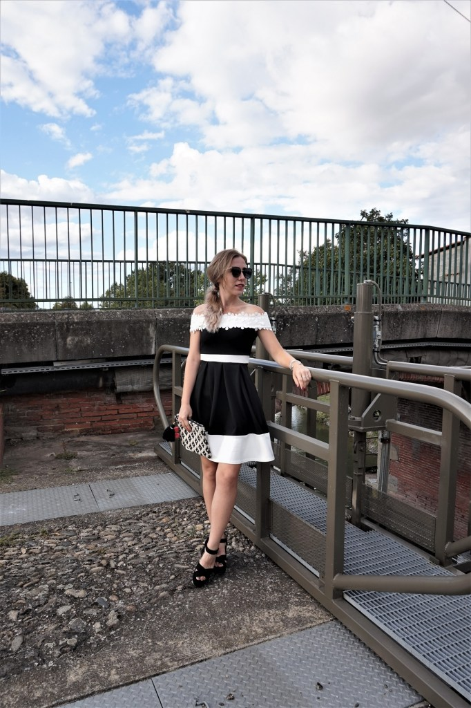 Look black and white dress - La Petite Frenchie