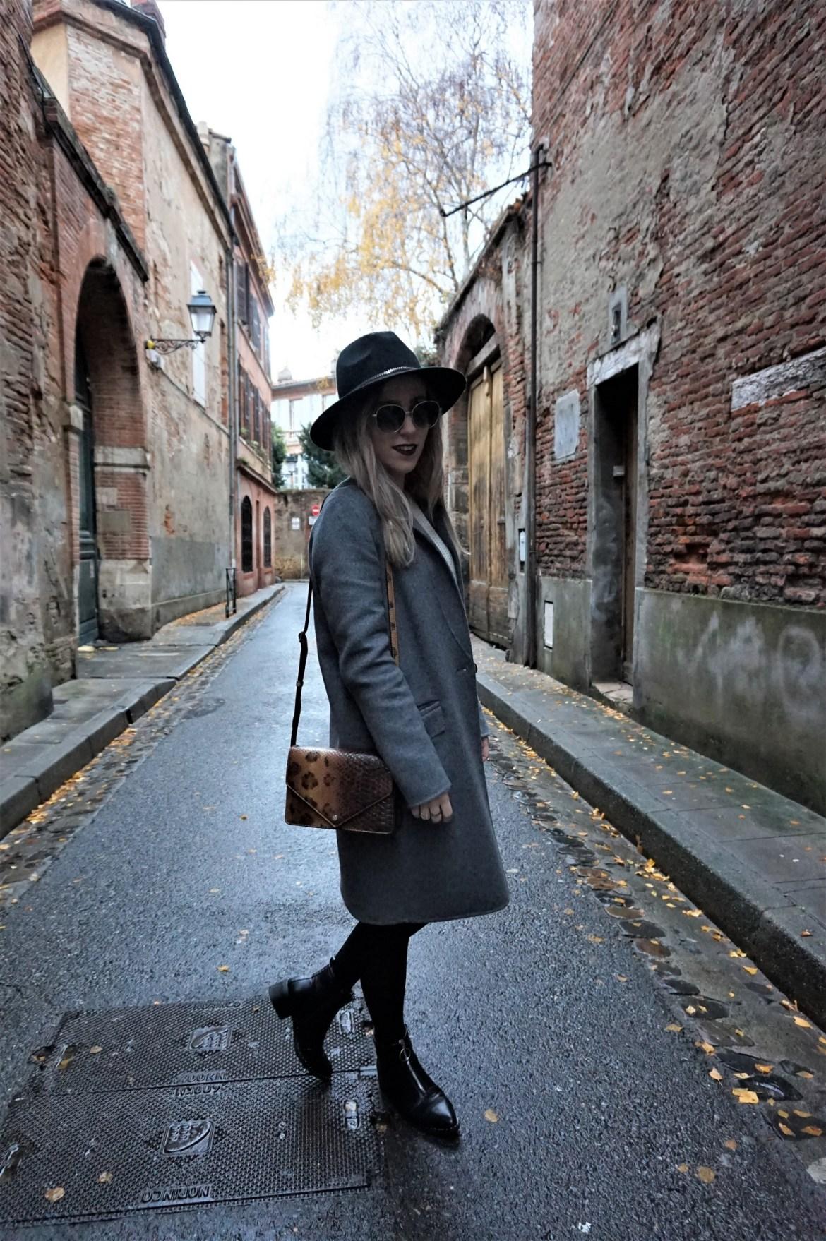 Look jupe vinyle - La Petite Frenchie