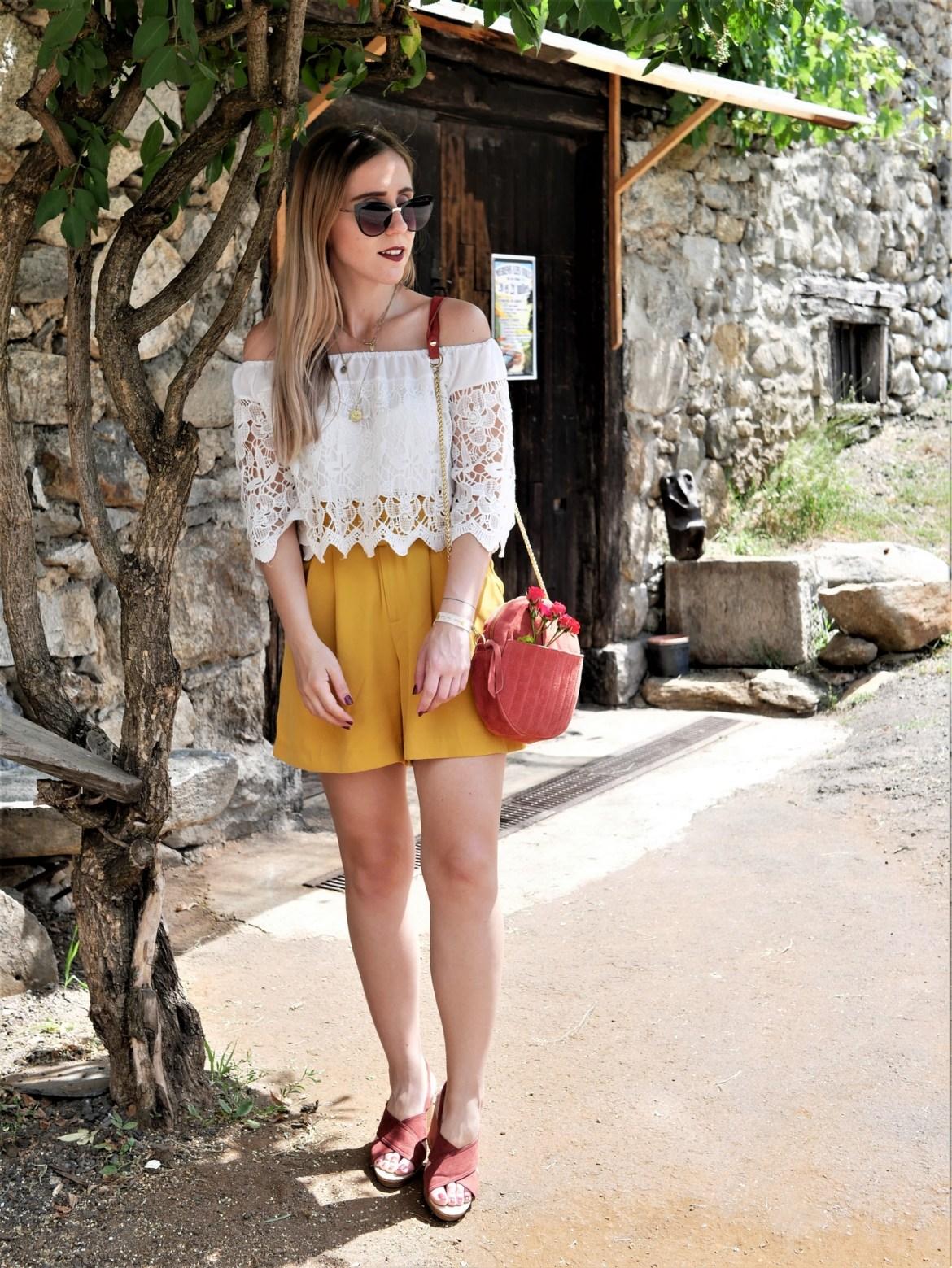 Look short jaune - La Petite Frenchie