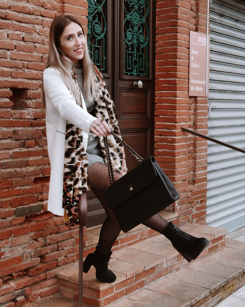 Look manteau blanc - La Petite Frenchie