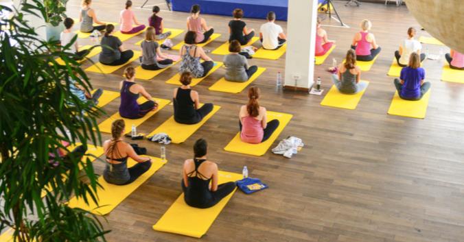 Studio Yoga Paris Oly Be.png