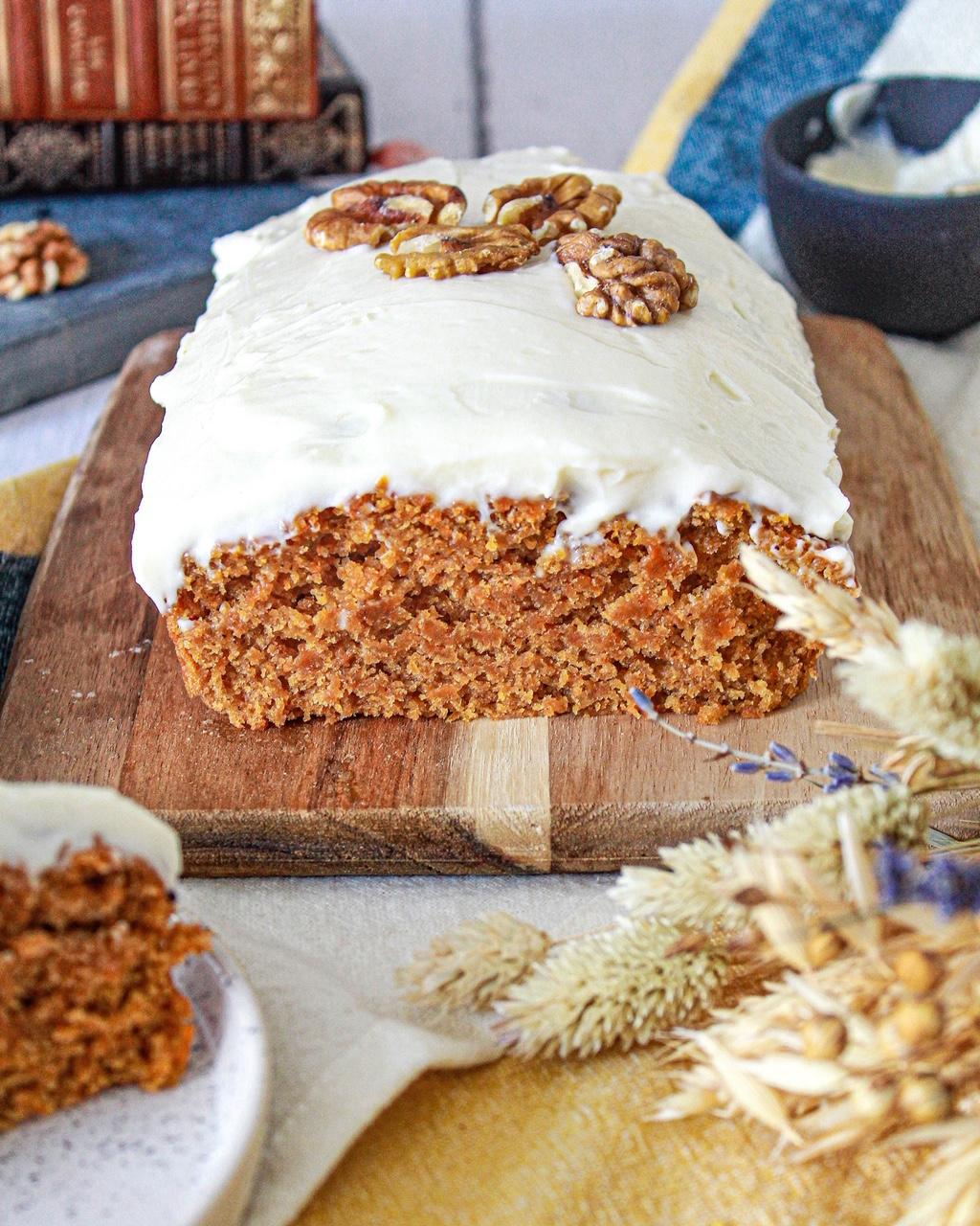 Découvrez ma recette ultra simple et rapide de Carrot Cake ! Goûter moelleux et gourmand assuré ! - La petite liste de Manon