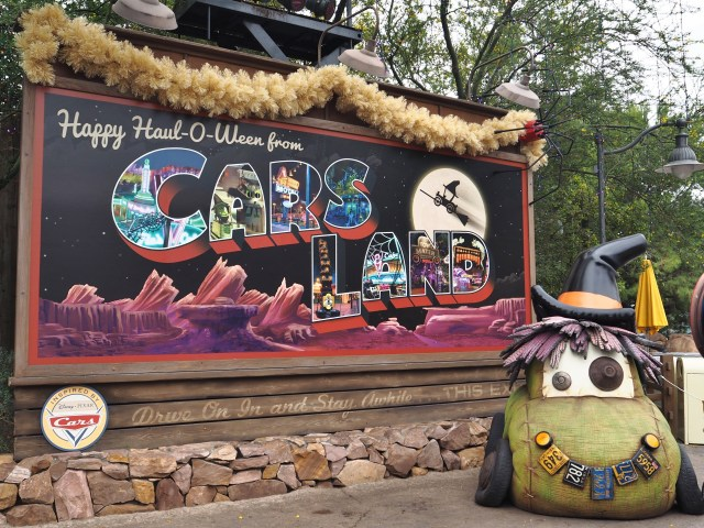 NEW Halloween Disneyland Haul-O-Ween at Cars Land