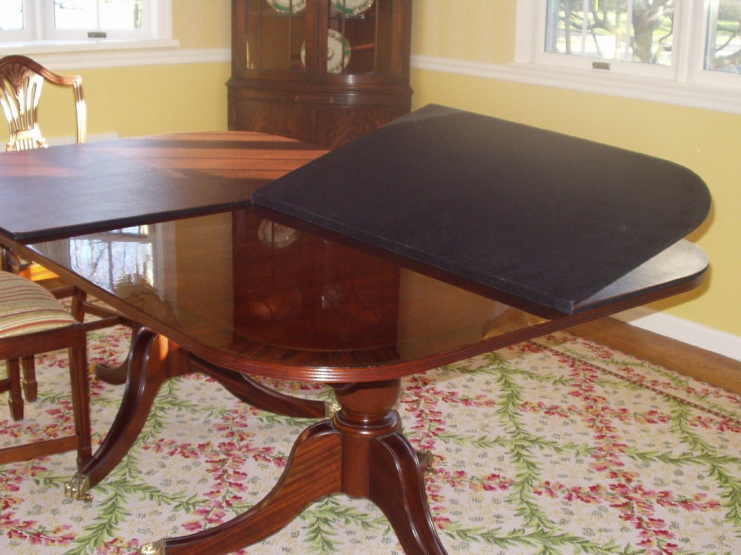 Gentil Let Us Design And Fabricate A Beautiful, Custom And Highly Functional Table  Pad That Will Look Great, While Protecting Your Furniture From Excessive  Heat Up ...