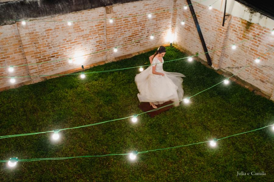 Resultado de imagem para casamento lâmpadas