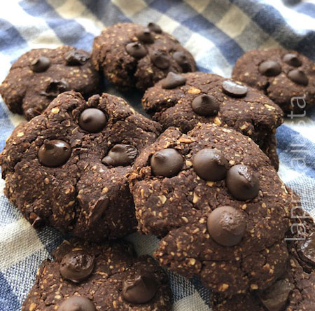 galletas de avena y cacao con chips de chocolate