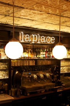 Bar, restaurant, La Place, Neuilly