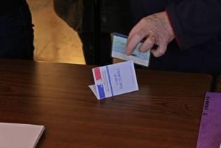 Bureaux de vote à Contrexéville.