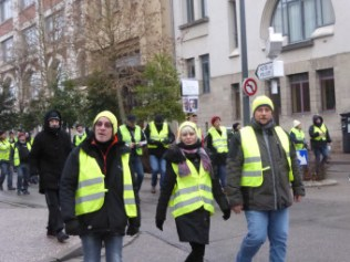 gilets-jaunes-manifestation-epinal-vosges-39-340x255