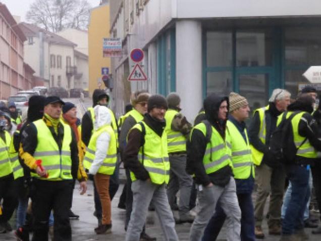 gilets-jaunes-manifestation-epinal-vosges-80-340x255