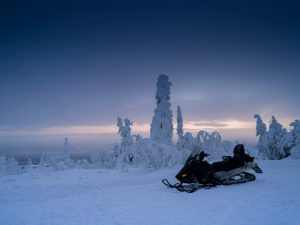 Snowmobile-Lapland