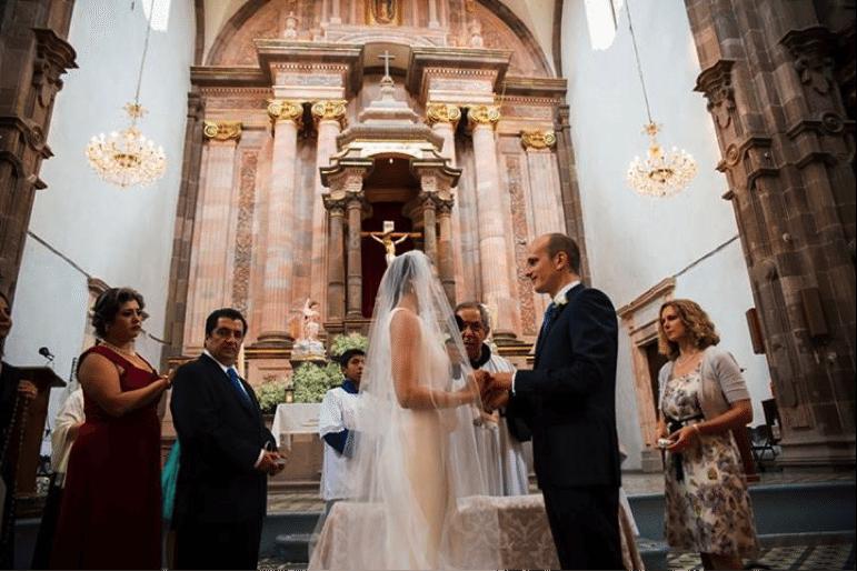 Matrimonio Catolico Protocolo : S o s cuál es el protocolo del cortejo nupcial católico laplanner