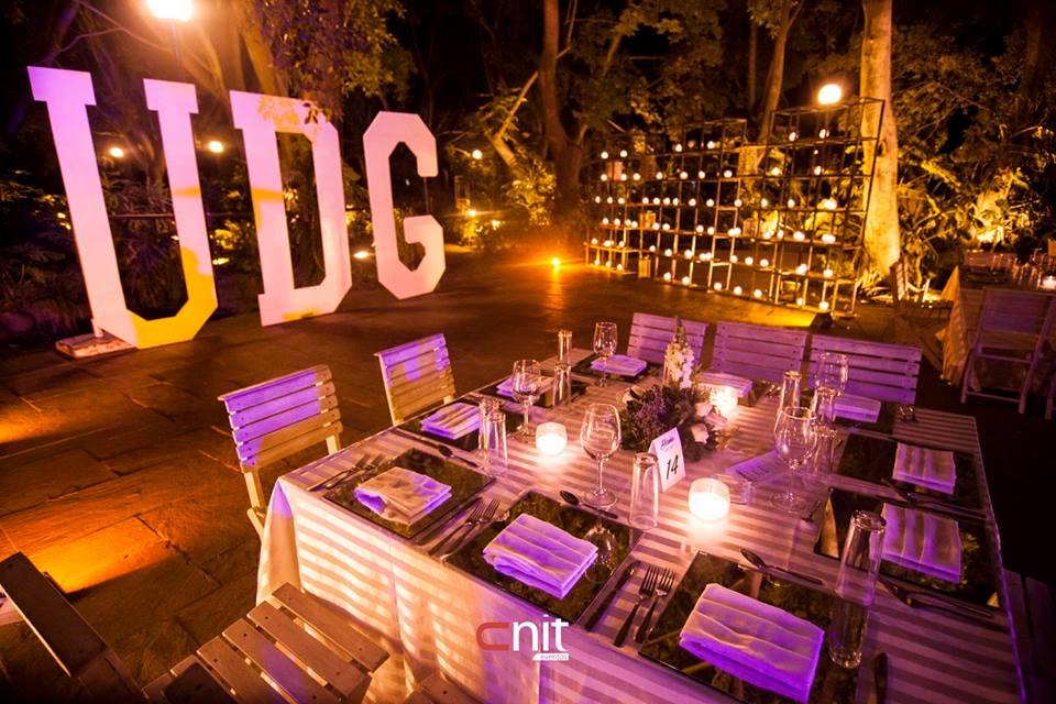 La decoración de mesas para una boda perfecta | CNIT MOBILIARIO